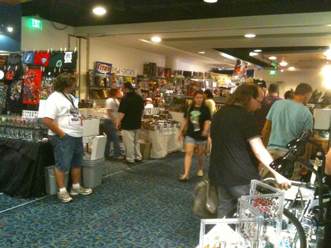 Dragon*Con dealers room