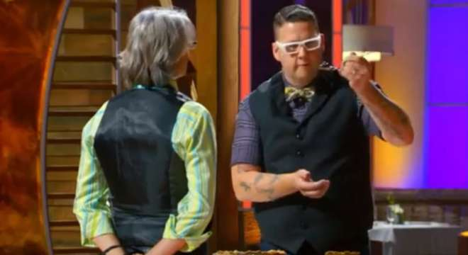 Screencapture from episode three of MasterChef season 5.