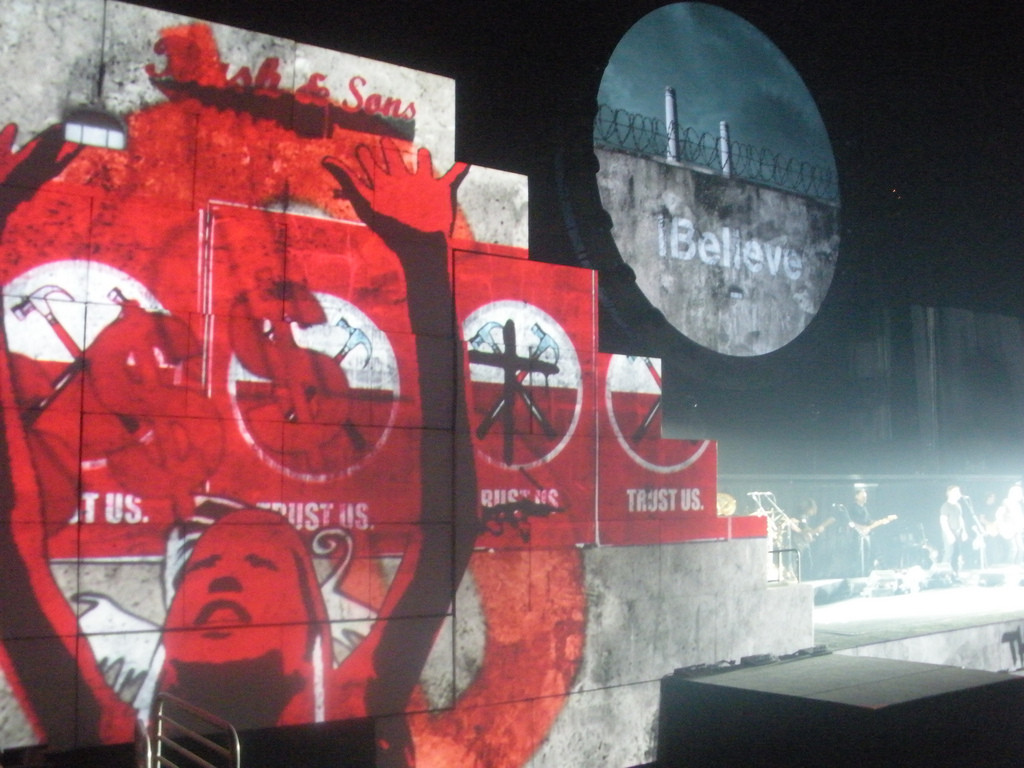Roger Waters performing The Wall on November 11, 2010. Photograph by the author, sockii.