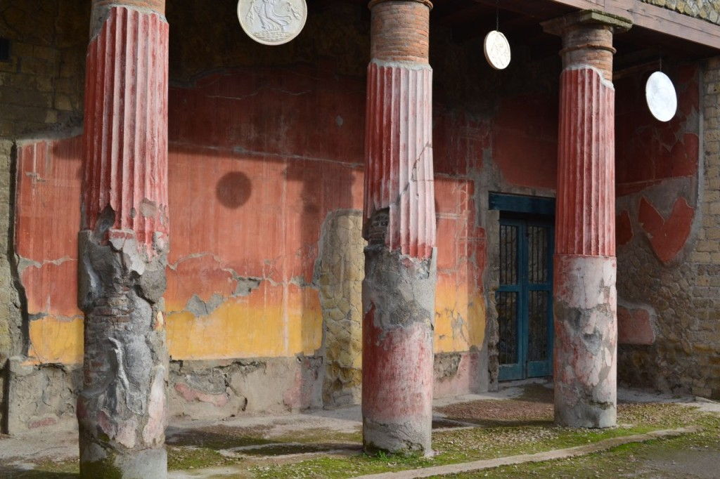 Colorful columns and frescos in Herculaneum