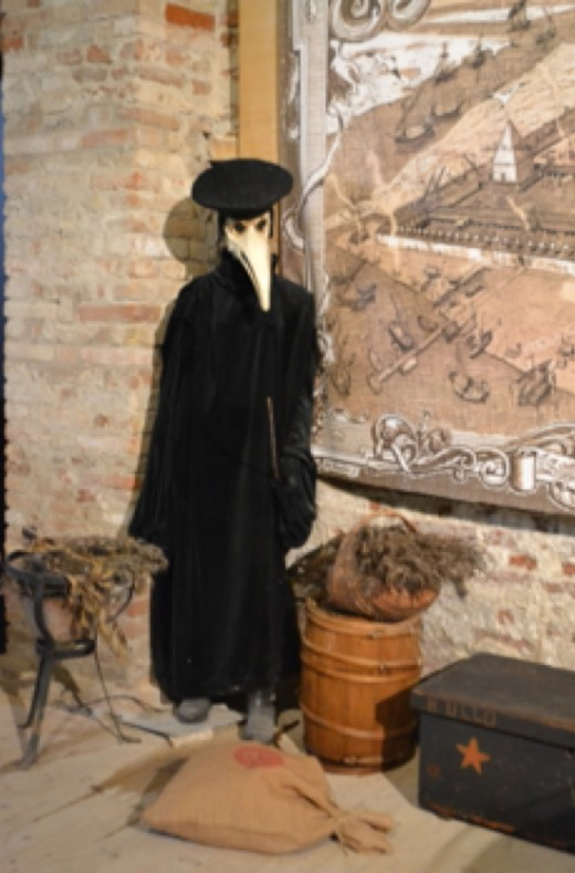 "A typical ""Plague Doctor"" uniform, on exhibit at Tezon Grande. A typical ""Plague Doctor"" uniform, on exhibit at Tezon Grande."